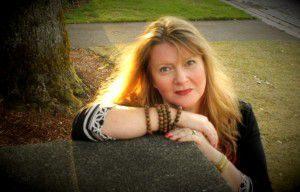 Lisa Hayes, Love Whisperer